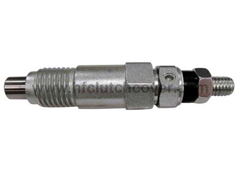 15221-53000, 15271-53002 Fuel Injector For KUBOTA diesel engine V1902 D905 D850 D950 Z750 V1702