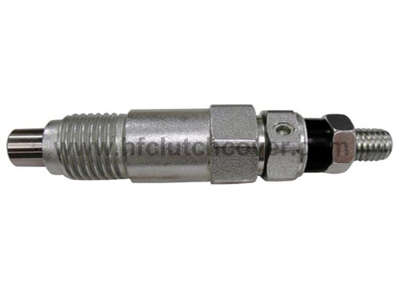 15221-53000, 15271-53002 Fuel Injector For KUBOTA diesel engine V1902 D905 D850 D950 Z750 V1702