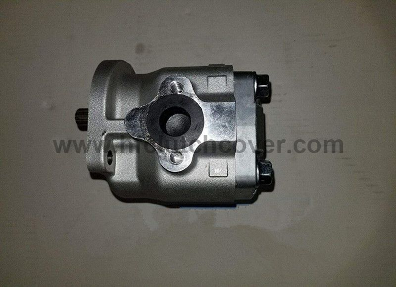 31351-76100, 31351-76102 Hydraulic pump for kubota tractor