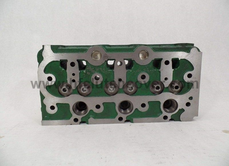 Kubota D750 Engine Cylinder Head For B6100 B7100 Tractor