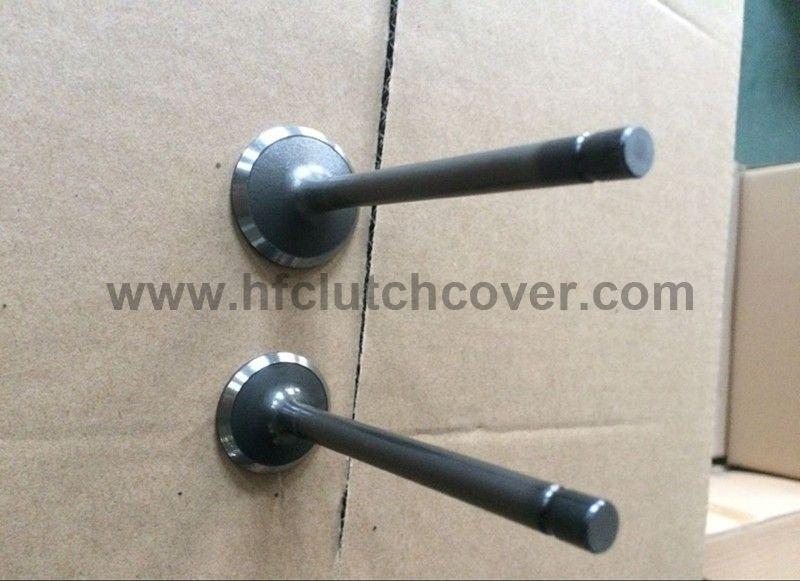 15221-13110 15221-13120 intel valve and exhaust valve for kubota V1502 V1702 D1402