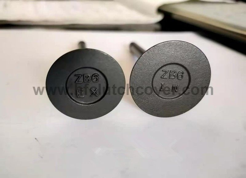 KUBOTA D850 D950 15261-13110 Valve Inlet 15261-13120 Valve Exhaust